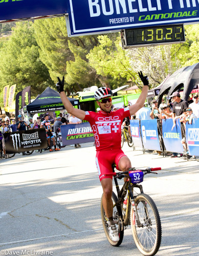 Nino Schurter crosses the line - photo by RibeBiker Alliance