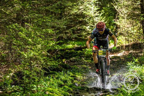 Cody Kaiser (Colt Training Systems) splashes through a wet section of trail at the NoTubes Trans-Sylvania Epic.Photos by Trans-Sylvania Epic Media Team